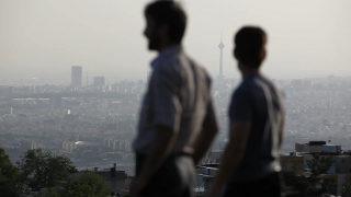 IRAN : les petites mains de Téhéran grande